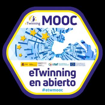 """Imagen insignia MOOC """"eTwinning en abierto (4ª edición)"""" - #etwmooc"""